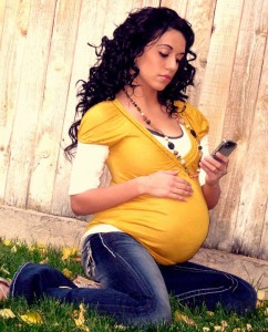 Cell Phone Use During Pregnancy Can Seriously Damage Your Baby